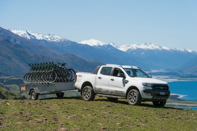 Ford-Ranger-outdoor